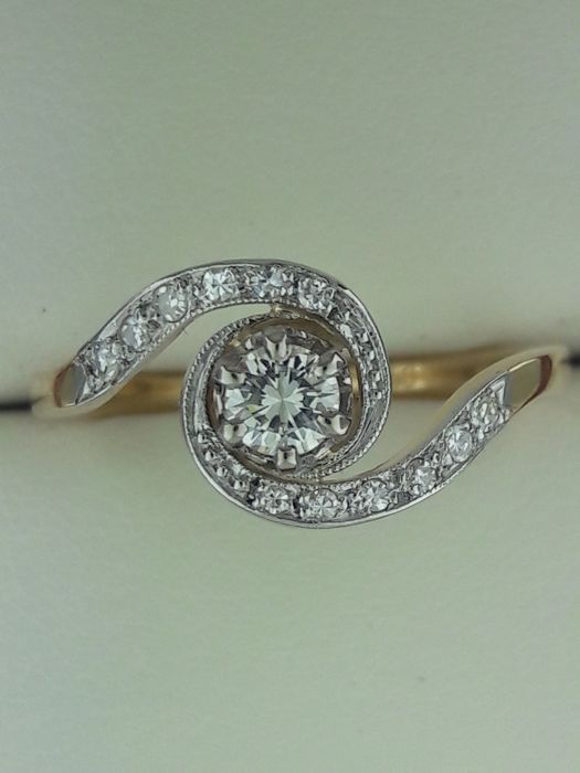 Antique diamond ring ca. 1920