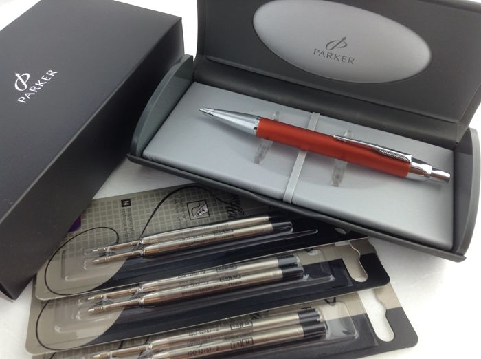 Parker Premium Orange ballpoint pen with 6 extra cartridges