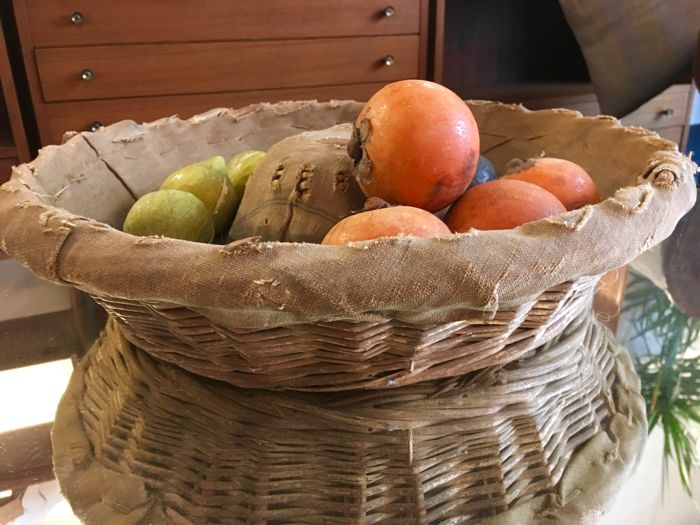 Hand painted decorated marble fruits with a wicker basket - green and black figs, persimmons - Italy, 1970s/80s