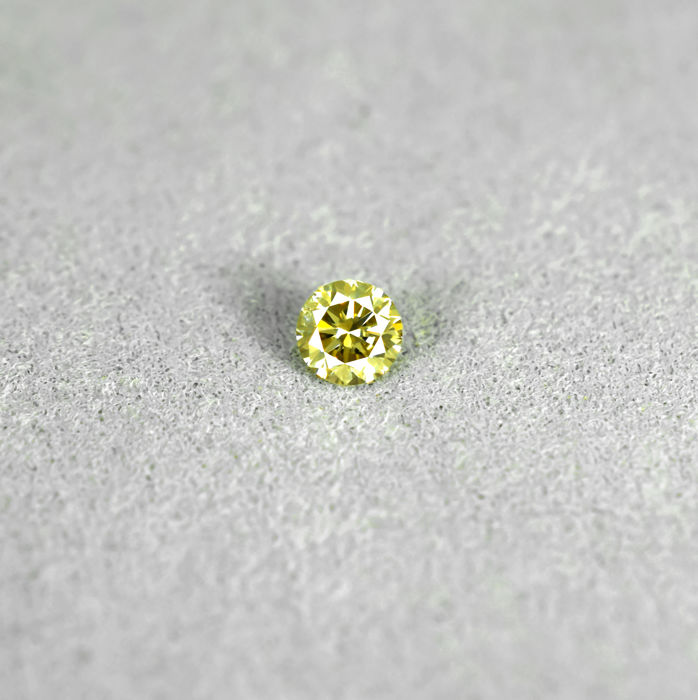 Natural Fancy brownish Yellow Diamond - 0.18 ct, Si1 - NO RESERVE PRICE