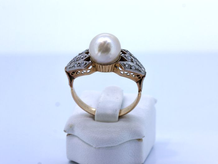 Art deco cocktail ring gold with pearl and diamond