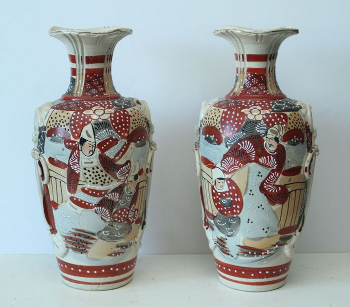 Set Of Two Large Antique Kyoto Satsuma Vases Japan Ca 1920 30