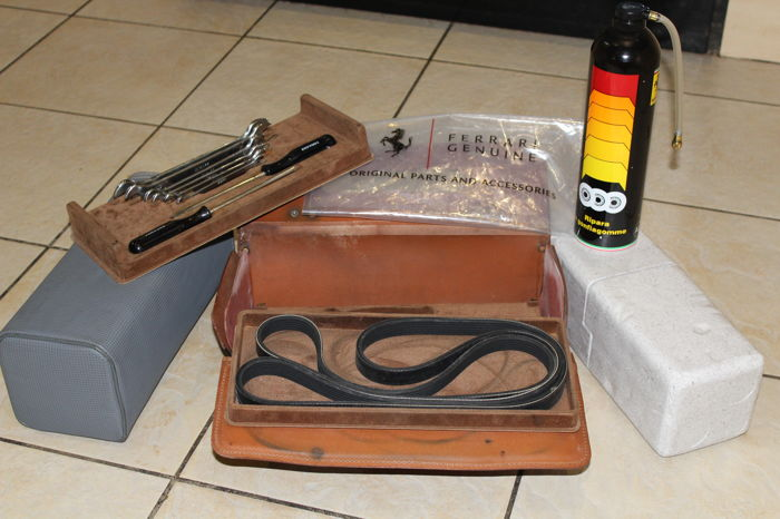 Ferrari 348, 355 Complete Tool Kit With Tyre Inflator