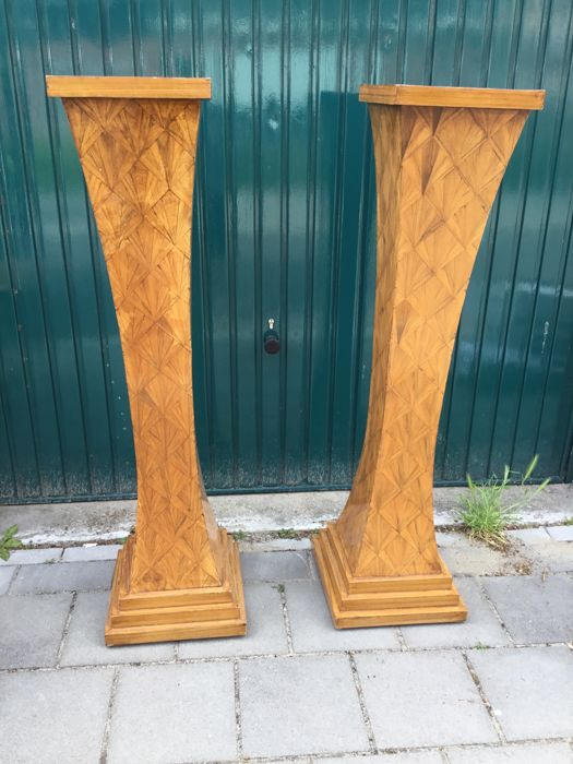 Two large Art Deco marquetterie plant columns 138 cm high, mid 20th century
