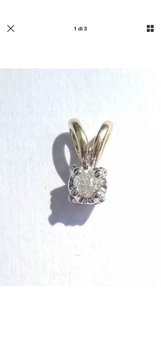 Very antique 9 kt gold pendant with a 5-point diamond. No reserve price.