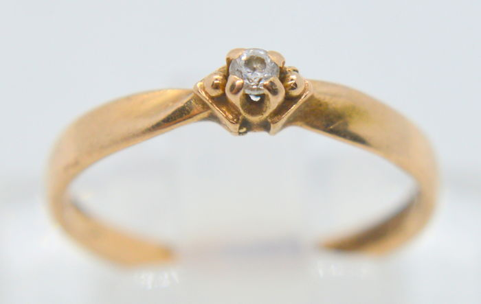 14K / 583 Gold Ring - with 0.02 ct. brilliant - total weight 1.68 gr - size 52