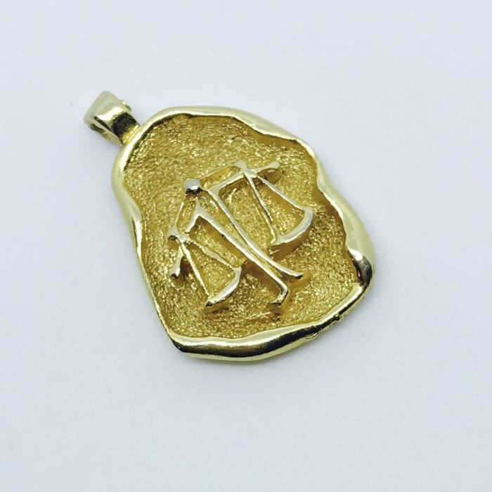 14K Hand Carved HoroScope Libra3