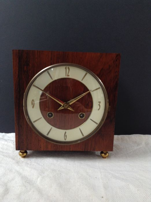 FHS Hermle (Germany) Wooden Mantle Clock - 1973 - Hermle 130-020 movement
