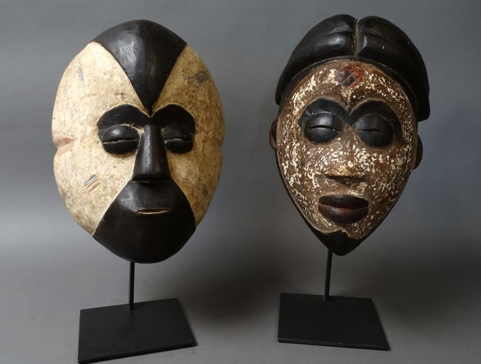 2 African tribal spirit masks - GALOA - Gabon
