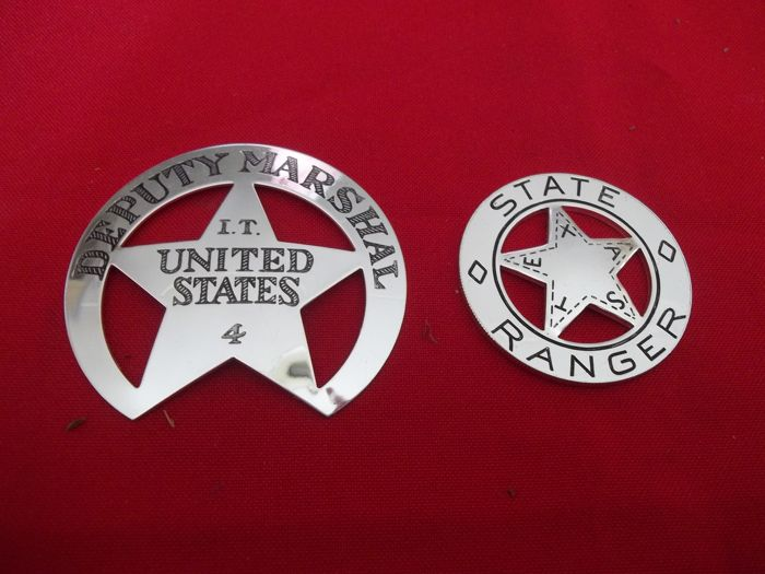 "Franklin Mint - Two Solid Sterling Silver ""The Great Western Lawmen"" Badges - Deputy Marshal I.T. United States 4 and Texas State Ranger"