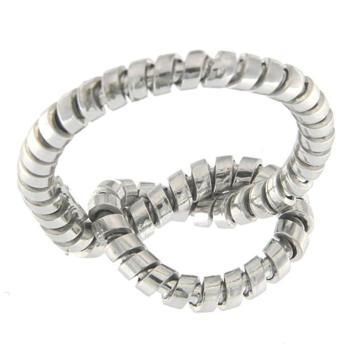 Knotted ring in white gold with Tubogas workmanship Size: 18.5 mm diameter