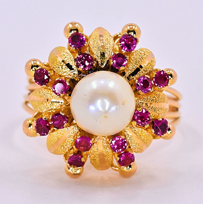 Pearl and Rubies ring - no reserve price