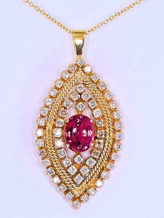 4.26 ct Pink Tourmaline with Diamonds necklace **NO RESERVE price!**