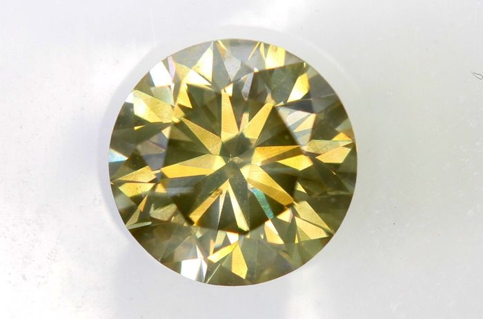 AIG Sealed Diamant - 0.72 ct - Fancy Light Yellowish Brown - SI2 - Excellent Cut