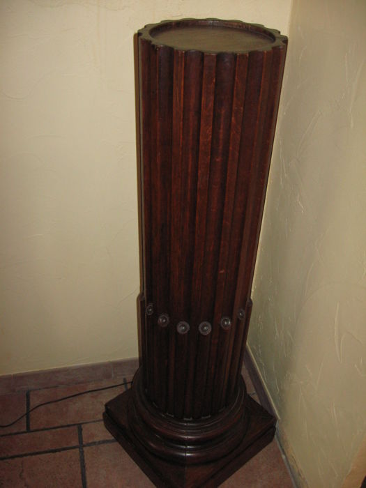 Column in oak late 19th century