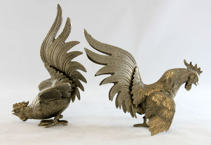 Vintage Italian pair of silver plate rooster figurines, Circa.1950's