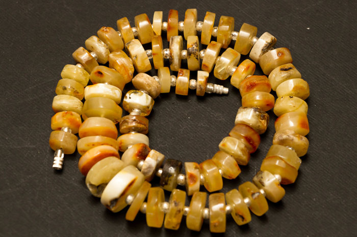 Vintage white and butterscotch Baltic Amber vintage necklace transparent, 54 gram