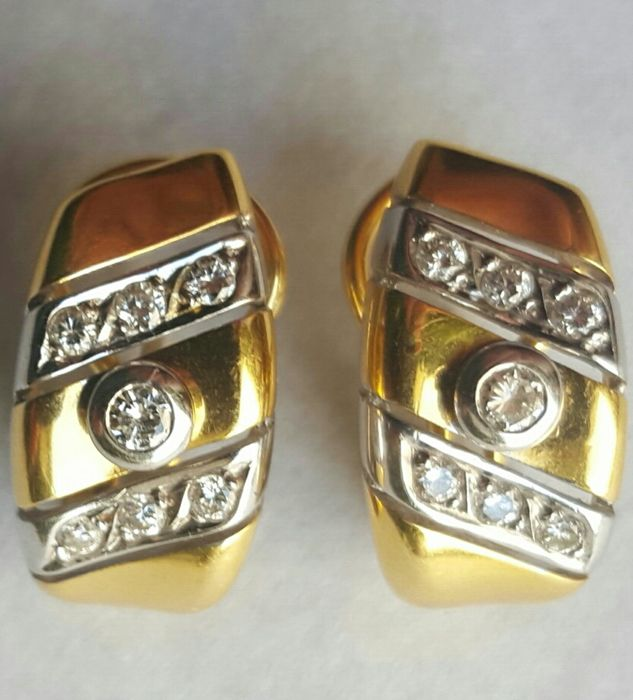 Gold 18 kt/750 - Diamond earrings - IGE certificate - 0.40 ct  - No reserve