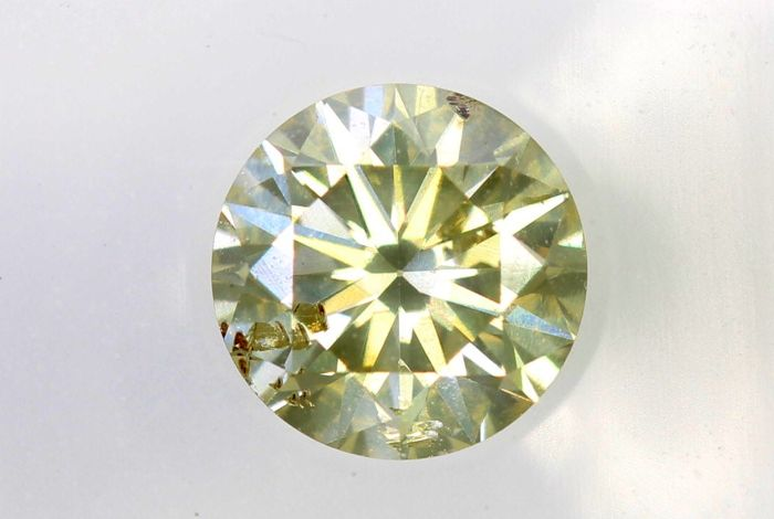 AIG Diamant - 0.46  ct - Fancy Light Greenish Yellow , SI2 -Excellent Cut