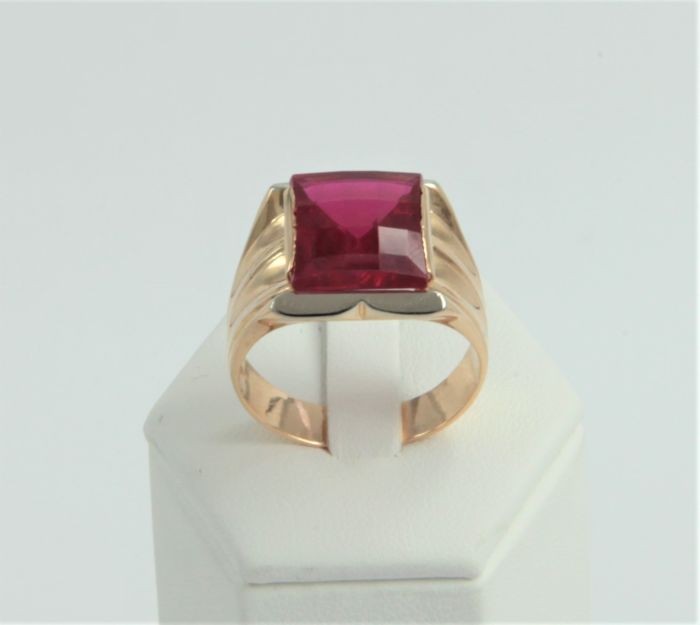 Men's ring in 18 kt/750 rose gold with synthetic ruby - weight 13.6 g - size 28 (IT)