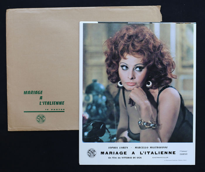 Set of 16 film posters - Mariage a l'Italienne, 1964