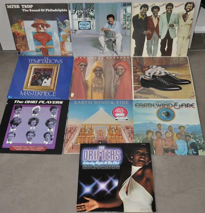 A nice lot of 10 albums Motown/R&B 70ths