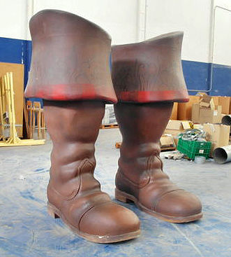 The original boots from the premiere of the film 'Puss in Boots' (El Gato con Botas in Spanish) in Los Angeles Height: 200 cm