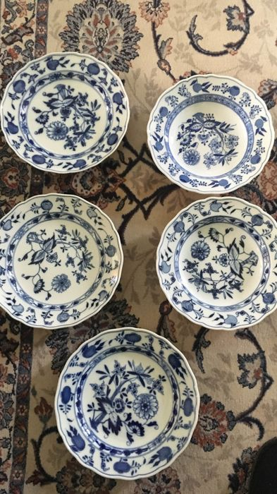 Meisner Blue Onion Pattern Porcelain - (5 x)