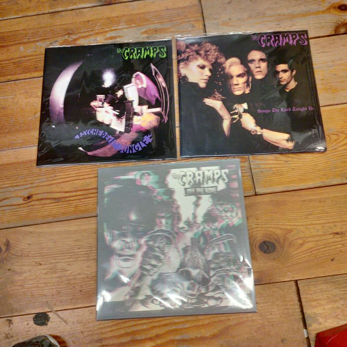 the cramps collection on vinyl off the bone