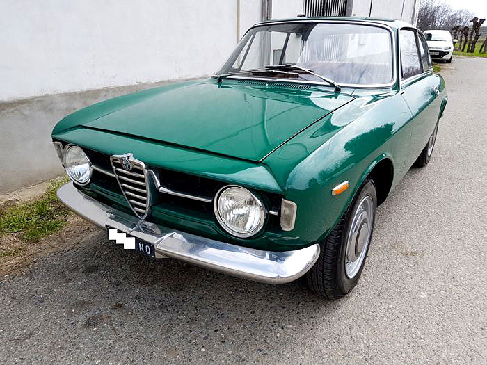 "Alfa Romeo - GT Junior 1300 ""Scalino"" - 1969"