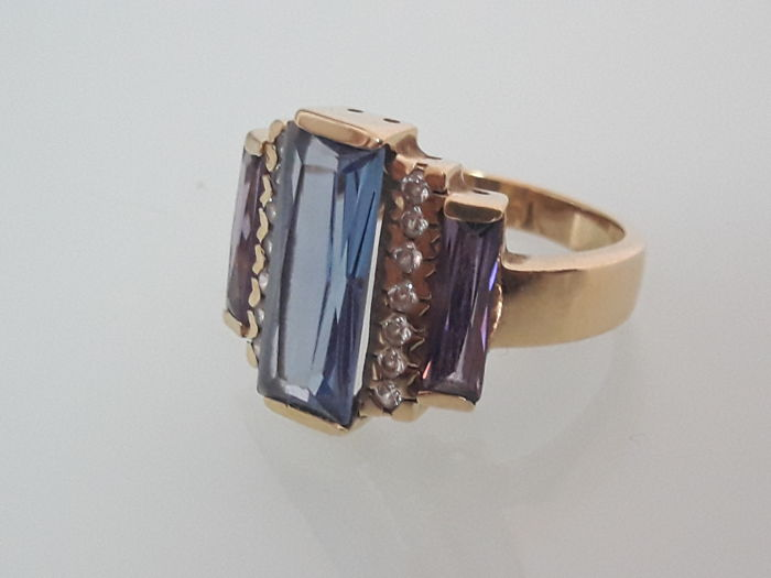Ring in 18 kt Gold and Precious Stones **NO RESERVE PRICE**