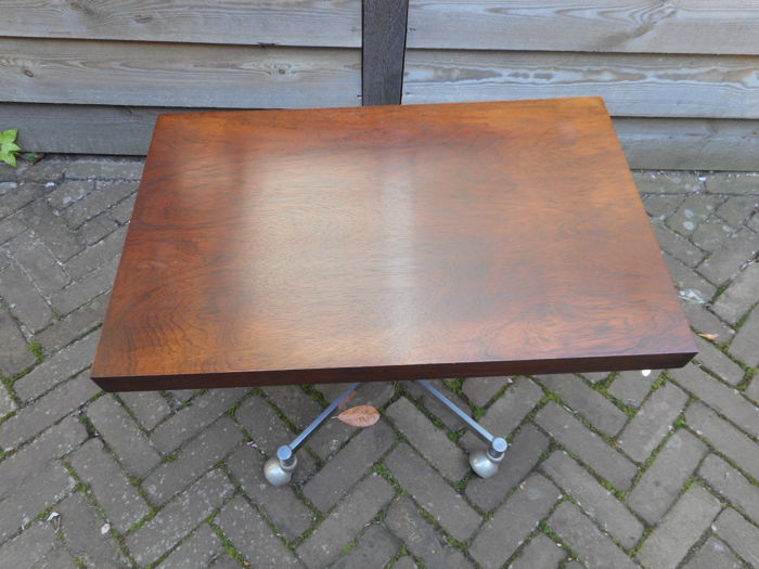 Tafel Van 5 Tv.Artifort Vintage Tv Tafel Catawiki