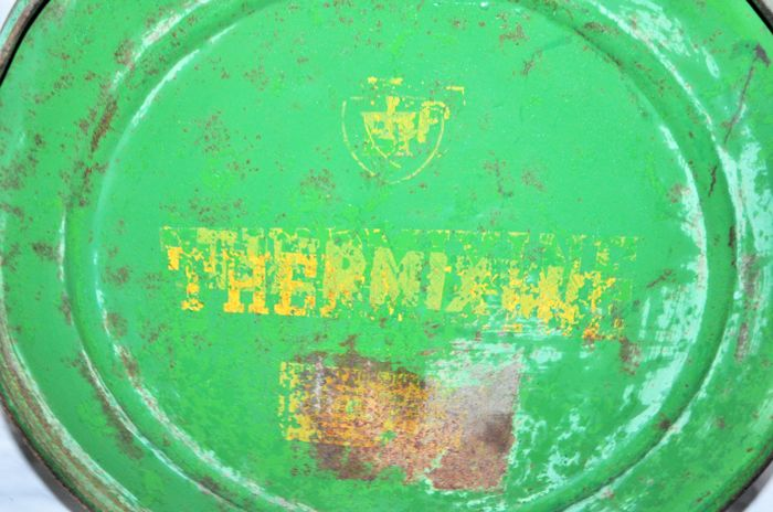 Old Round Can Of The British Petroleum Brand Thermixine Catawiki