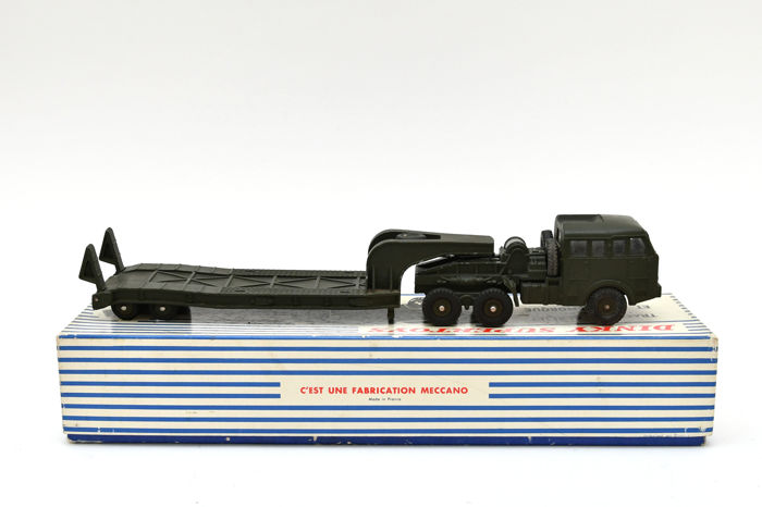 Dinky Toys - 1:48 - Dinky Toys #890 Berliet militaire porte-char