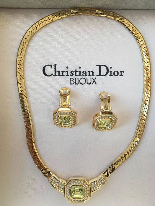70feec48a669f3 Vintage Christian Dior Necklace And Earings Catawiki