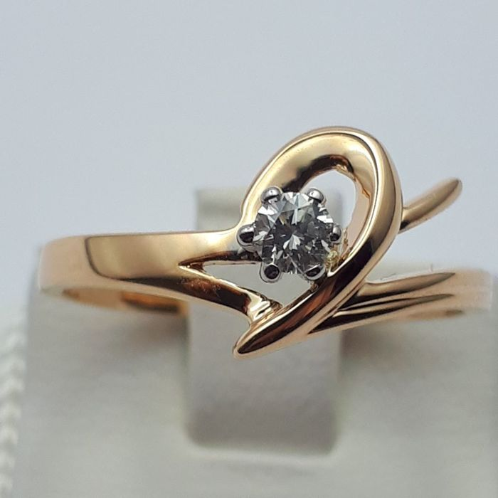 14 Ct Gold Diamond Ring , Size: 17.50 mm