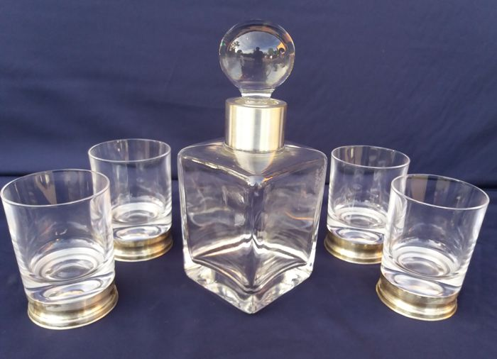 Whiskey Set, made up of five pieces in cut crystal, with silver base, hallmarked 800 F. - Florence, Italy - 1940s