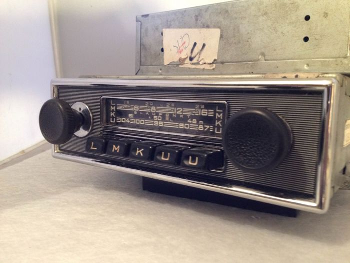 Blaupunkt Frankfurt ATR classic car radio from the 1960s for Porsche, Mercedes, BMW and others