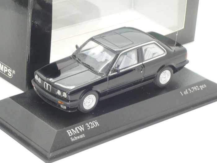 MiniChamps - 1:43 - BMW 3-series 320i 1989 - Limited Edition of 3.792 pcs.