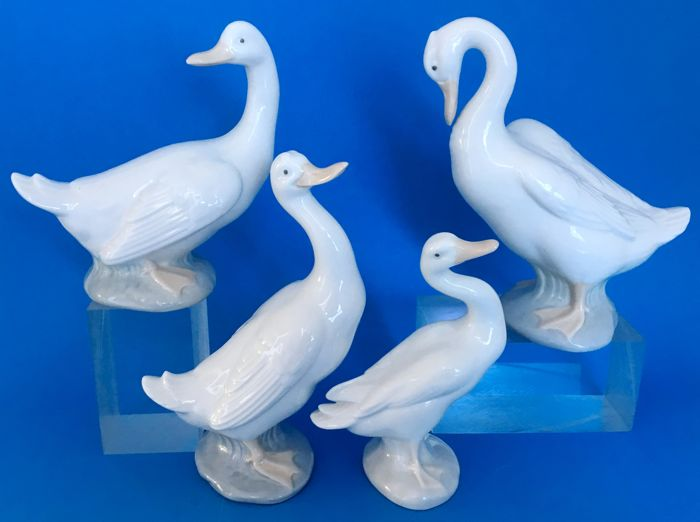 Nao and LLadro ducks - Four pieces -José Roig