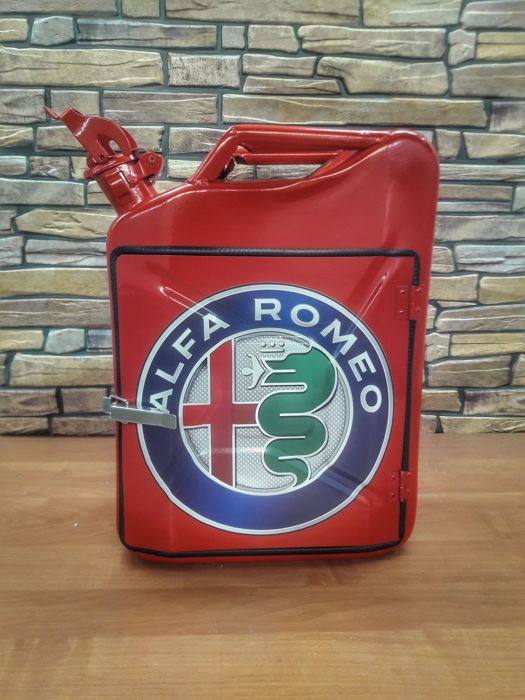 Tank - Canister Jerrycan Alfa Romeo - 2018-2018 (1 items)