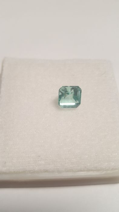 Natural emerald, Colombia, 1.87 ct