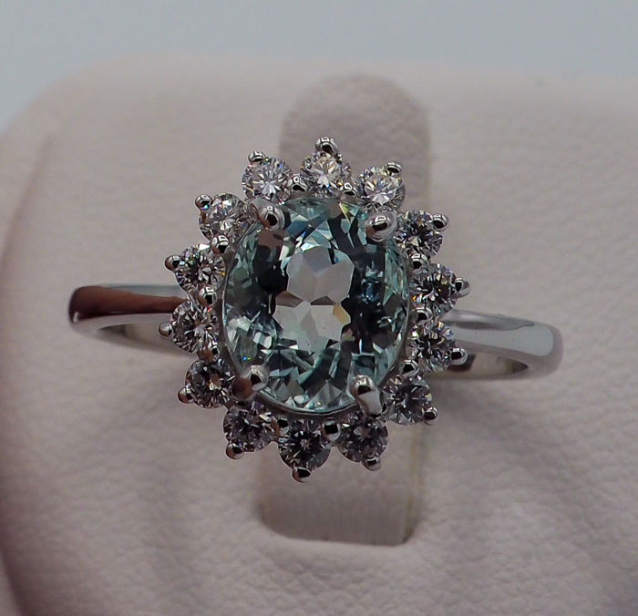 """Rare"" Paraiba Tourmaline Ring 2.21 ct - 18kt White Gold & 0.50 ct White VS Diamonds *NO RESERVE*"