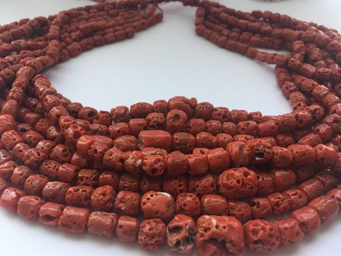 Old Berber coral beads - 226 g - Morocco