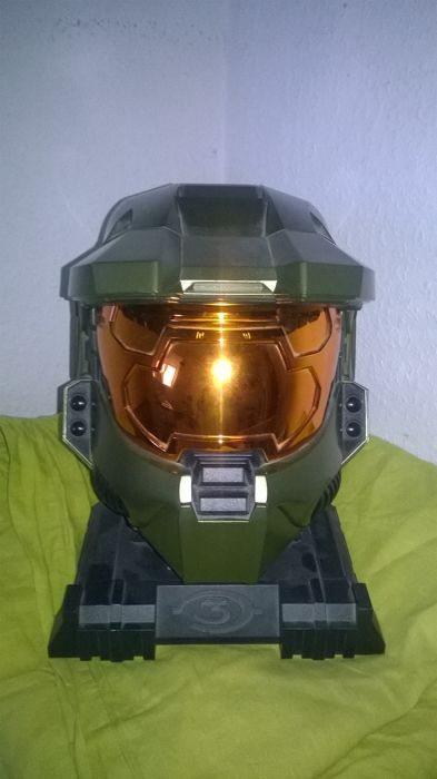 HALO 3 Master Cheef Helm - PC game included