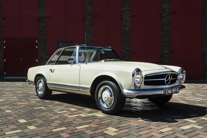 Mercedes-Benz - 230 SL  W113 - 1965