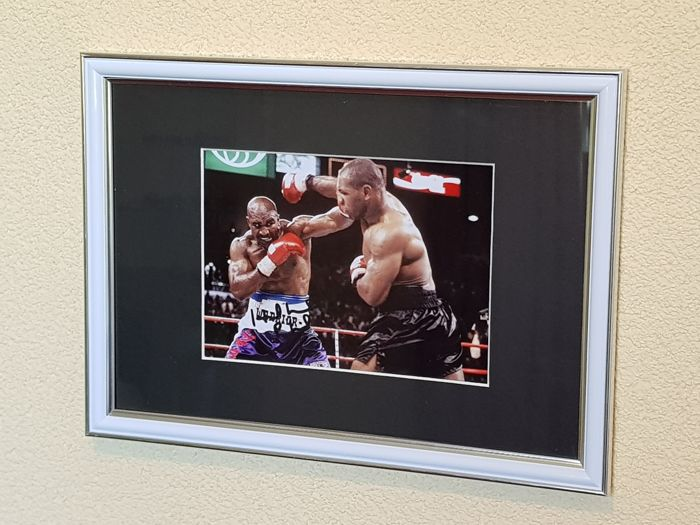 Evander Holyfield - Heavy weight world champion Legend - hand signed framed photo + COA