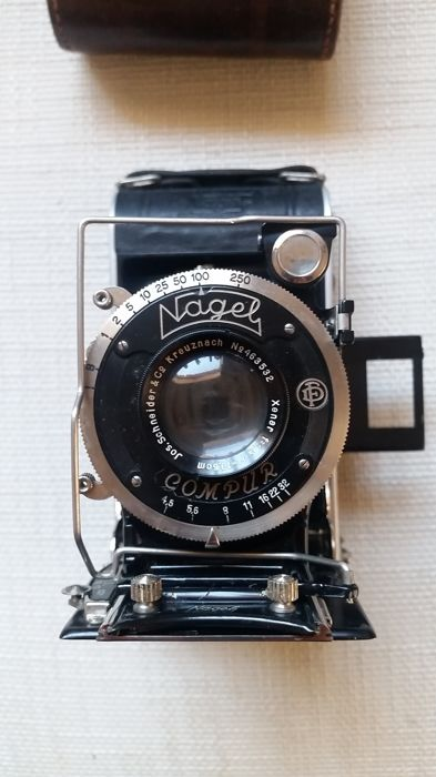 NAGEL camera, Compur with Schneider lens and original case
