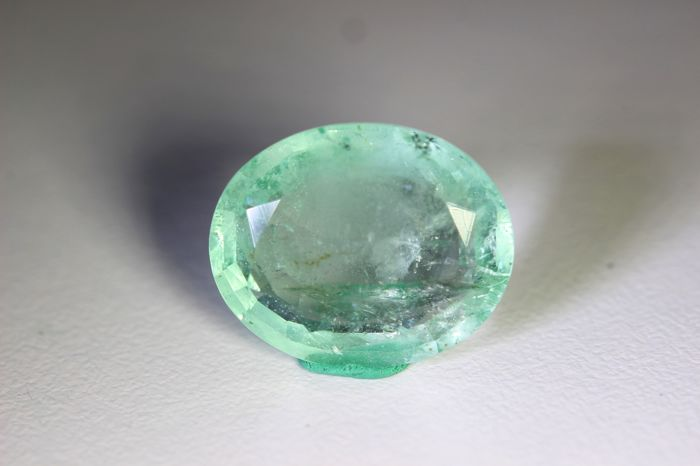 Emerald - 8.76 ct - No Reserve Price