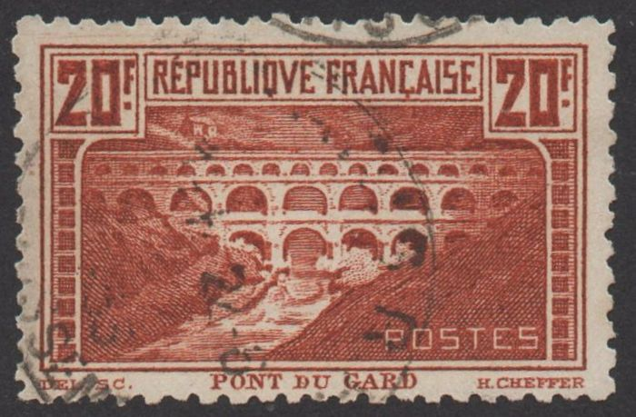 France 1930 - Pont du Gard perforated 11 - signed with Calves certificate - Yvert n°262B
